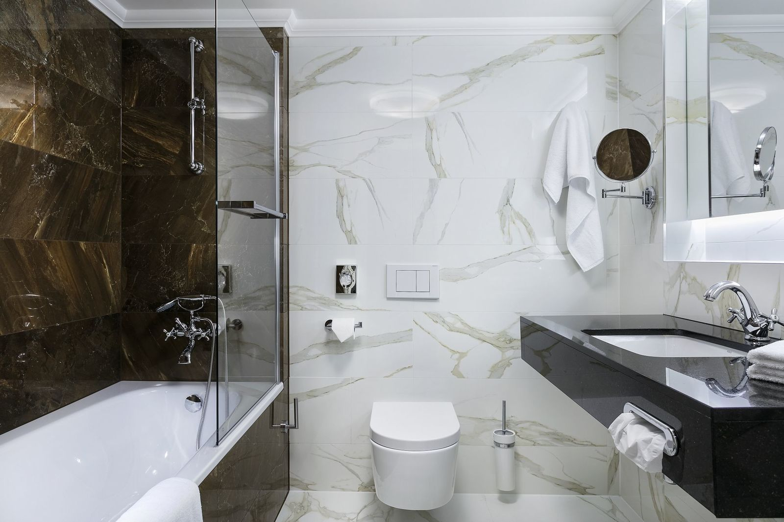 ROOMS & SUITES   Cosmopolitan Hotel
