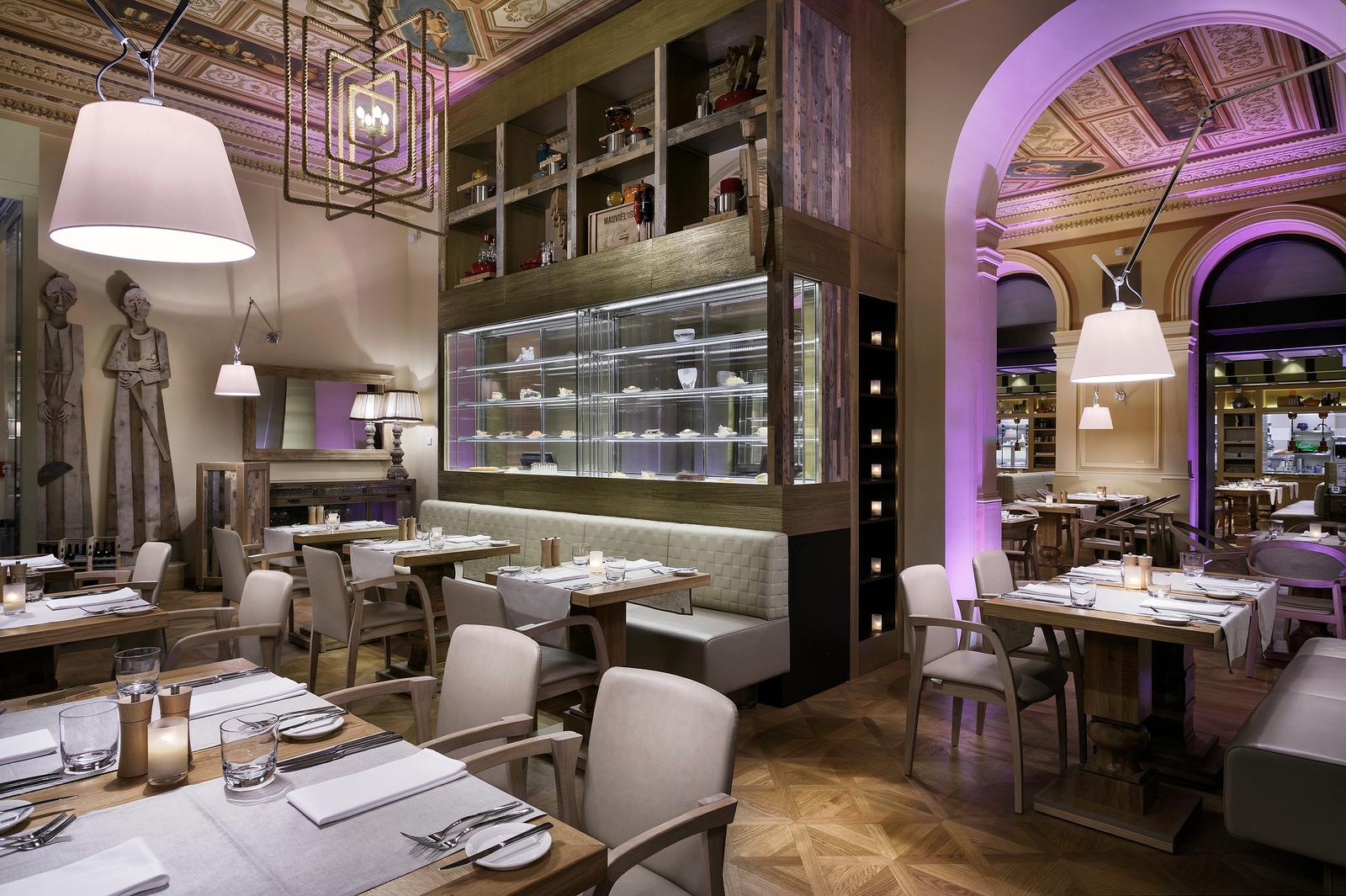 NEXT DOOR RESTAURANT & Hotel Cosmopolitan Prague | Restaurant NEXT DOOR